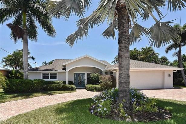 Single Family - FORT MYERS BEACH, FL