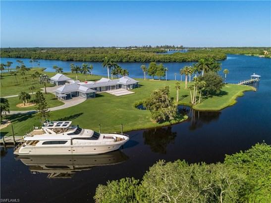 Single Family - ALVA, FL
