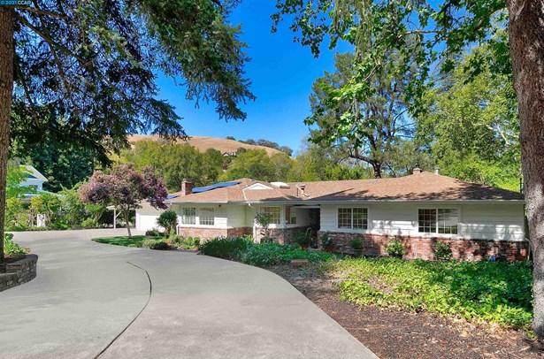 Farm House,Ranch, Detached - LAFAYETTE, CA