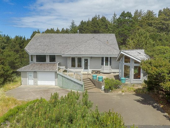 Contemporary, Residential Single Family - Waldport, OR