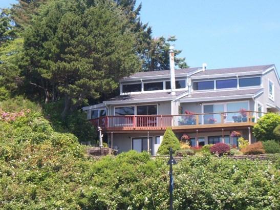 Condo or Town Home, Condo - Newport, OR
