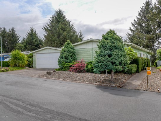 Residential - Mobile/Manufactured Homes, Manufactured - Newport, OR