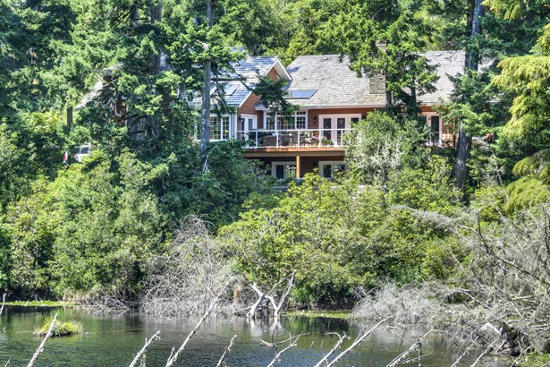 Country, Residential Single Family - Waldport, OR