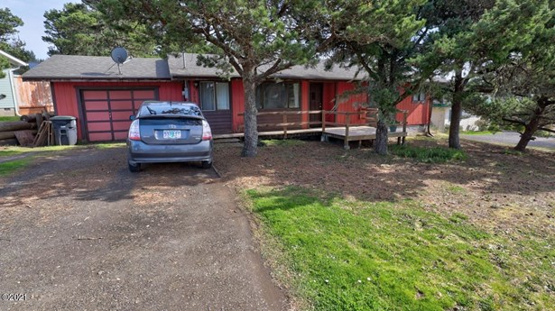Residential, Ranch - Waldport, OR