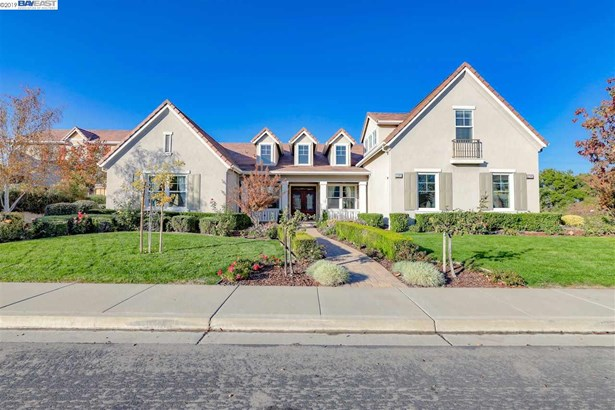 French Country, Detached - PLEASANTON, CA