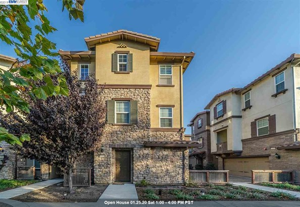 Townhouse, Contemporary - FREMONT, CA