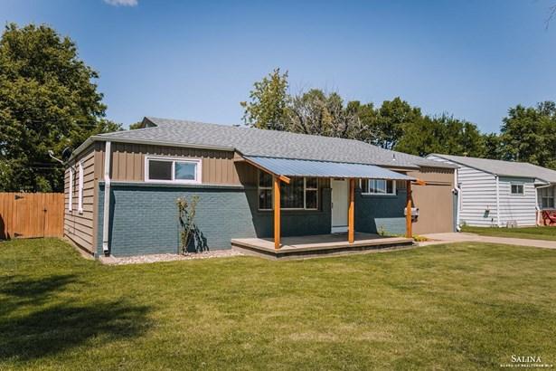 Ranch, Single Family (Det) - Salina, KS
