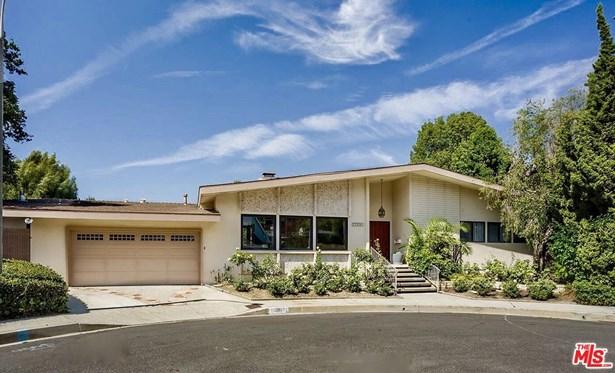 Mid Century, Single Family - Studio City, CA