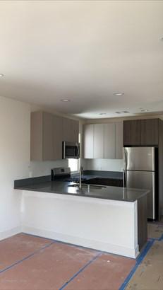 Contemporary,Traditional, Apartment - Pasadena, CA
