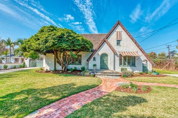 Tudor, Single Family Residence - Arcadia, CA