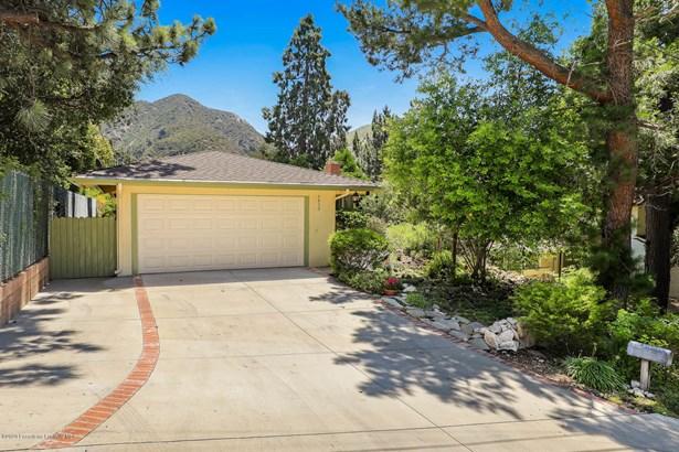 Single Family Residence - La Crescenta, CA