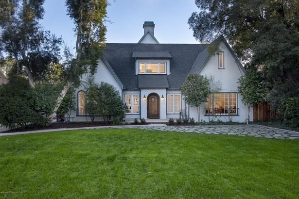 English, Single Family Residence - Altadena, CA
