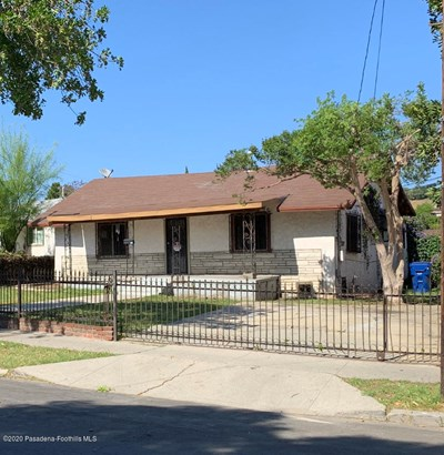 Single Family Residence, Traditional - Los Angeles, CA