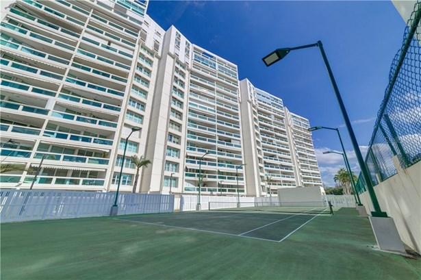 Condominium - ISLA VERDE, PR