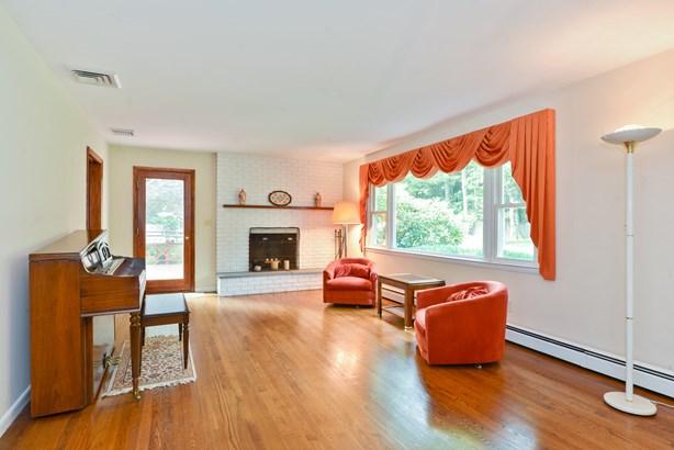 1332 Hanover Street, Yorktown Heights, NY - USA (photo 3)