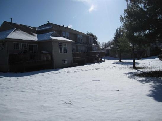 289 Crestwood Ct 289, Fishkill, NY - USA (photo 2)