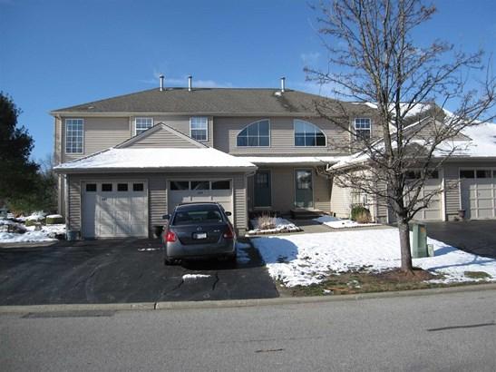 289 Crestwood Ct 289, Fishkill, NY - USA (photo 3)