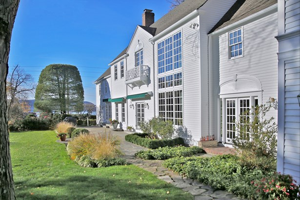 100 Scarborough Station Road, Briarcliff Manor, NY - USA (photo 2)