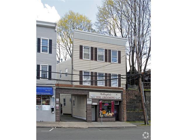 135 Willett Avenue, Port Chester, NY - USA (photo 2)