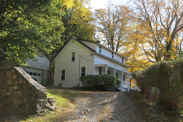 511 Route 22, North Salem, NY - USA (photo 1)