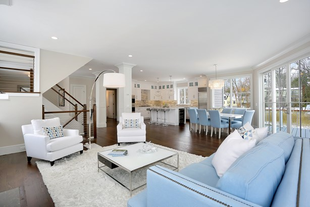28 Heusted Drive, Old Greenwich, CT - USA (photo 3)