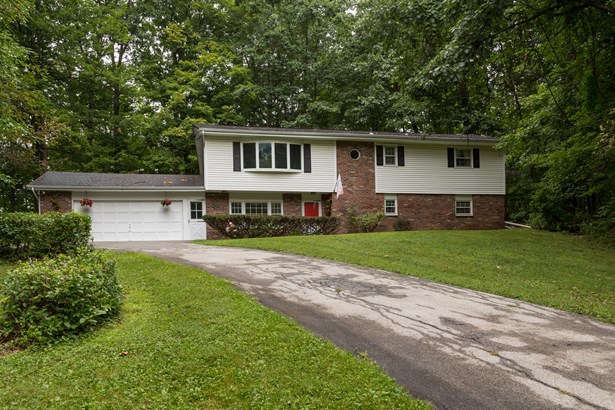 23 Hill And Hollow Rd, Hyde Park, NY - USA (photo 1)
