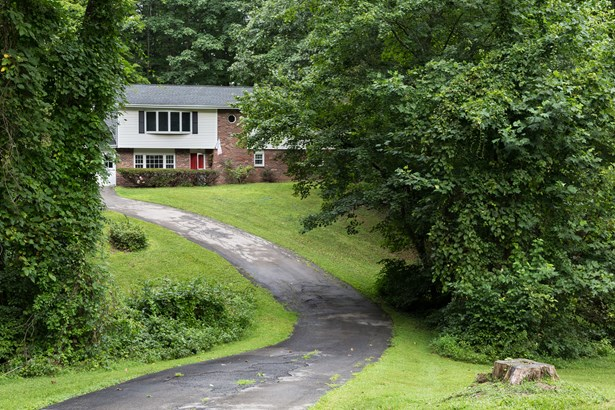 23 Hill And Hollow Rd, Hyde Park, NY - USA (photo 2)