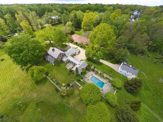 579 Frogtown Road, New Canaan, CT - USA (photo 1)