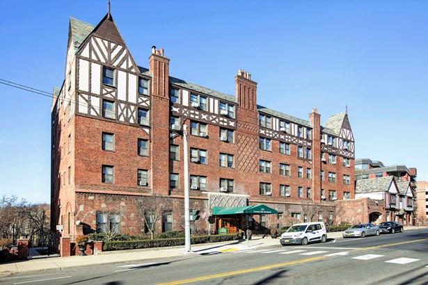 68 E Hartsdale Avenue 3e, Hartsdale, NY - USA (photo 1)
