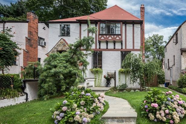 19 Fairway Street, Mount Vernon, NY - USA (photo 2)