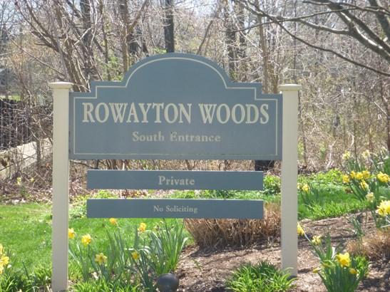 100 Rowayton Woods Drive 100 100, Norwalk, CT - USA (photo 2)