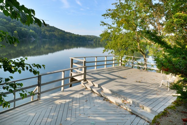 191/188 Lake Drive, Lake Peekskill, NY - USA (photo 2)