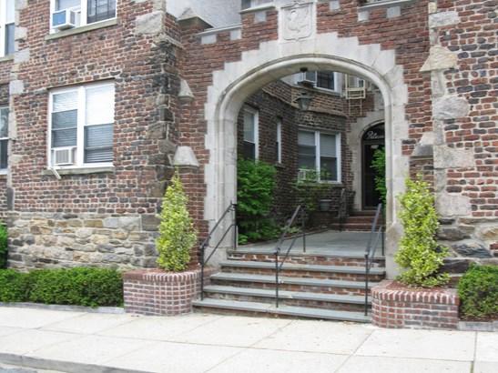 305 Sixth Avenue 1h, Pelham, NY - USA (photo 1)