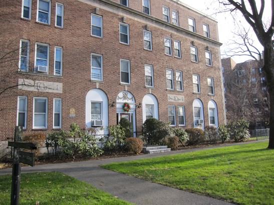 445 Gramatan Avenue A-b3, Mount Vernon, NY - USA (photo 2)