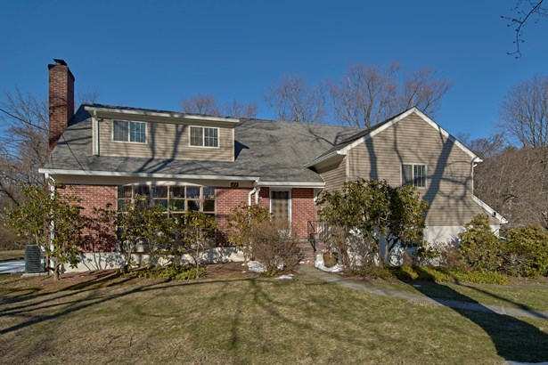 51 Betsy Brown Road, Port Chester, NY - USA (photo 1)