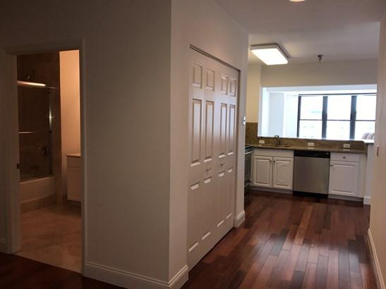 100 New Roc City 418, New Rochelle, NY - USA (photo 4)
