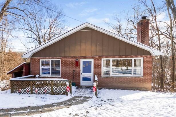 329 Oak Ridge Road, East Fishkill, NY - USA (photo 1)