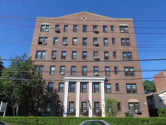 167 Centre Avenue 3c, New Rochelle, NY - USA (photo 2)