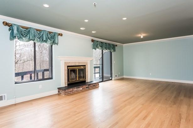 428 Pine Grove 78, Hartsdale, NY - USA (photo 4)