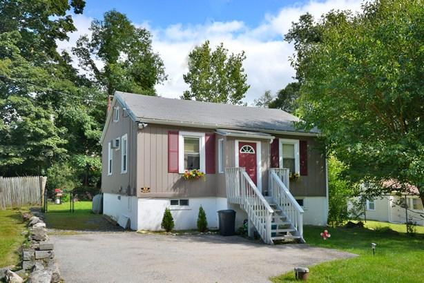 32 Northway, Lake Peekskill, NY - USA (photo 1)