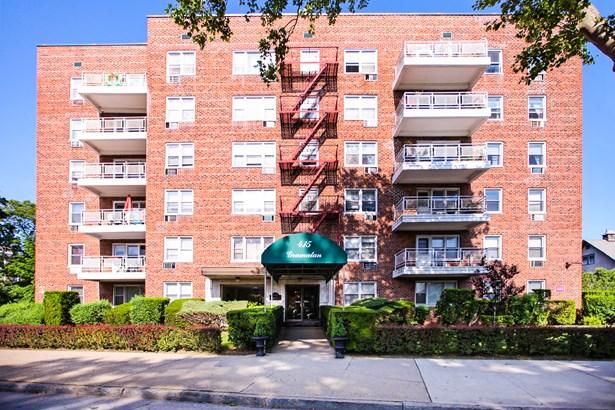 415 Gramatan Avenue 6g, Mount Vernon, NY - USA (photo 1)