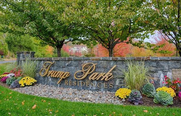 401 Trump Park 401, Shrub Oak, NY - USA (photo 1)