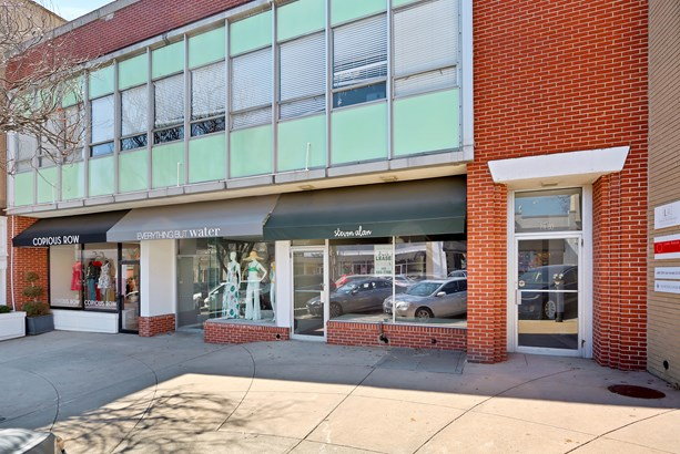 70-86 Greenwich Avenue, Greenwich, CT - USA (photo 2)