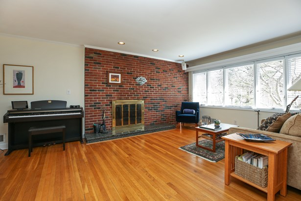 43 Birchwood Lane, Hartsdale, NY - USA (photo 4)