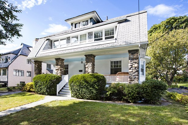 18 Bayard Street, Larchmont, NY - USA (photo 1)