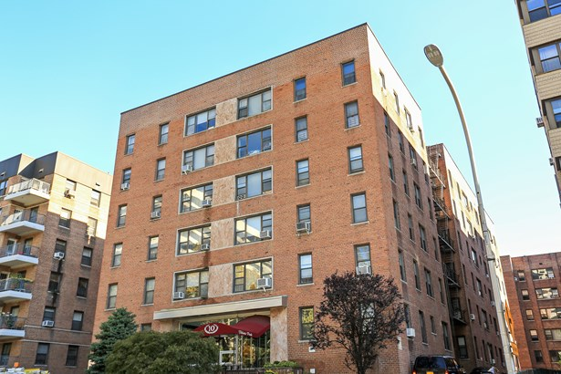10 N Broadway 1j, White Plains, NY - USA (photo 1)