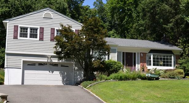 104 E Cedar Drive, Briarcliff Manor, NY - USA (photo 2)