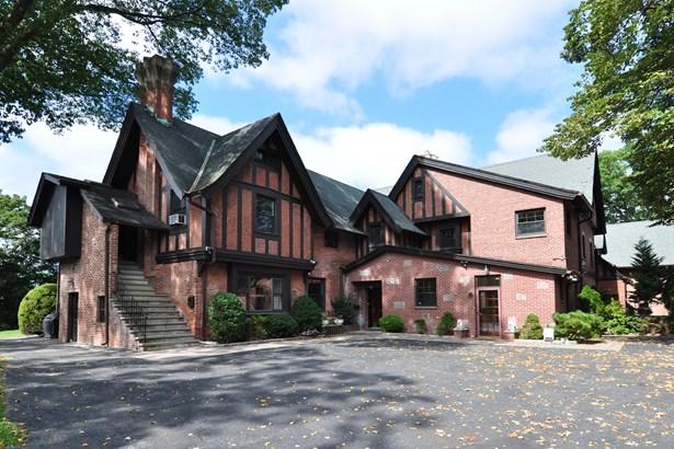 136 Harriman Road 3, Irvington, NY - USA (photo 1)