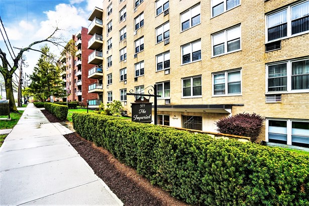 377 Westchester Avenue Lj, Port Chester, NY - USA (photo 1)