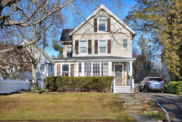 8 Webb Avenue, Old Greenwich, CT - USA (photo 1)